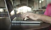 Fotografie Obrázek muže rukou psaní. Selektivní zaměření
