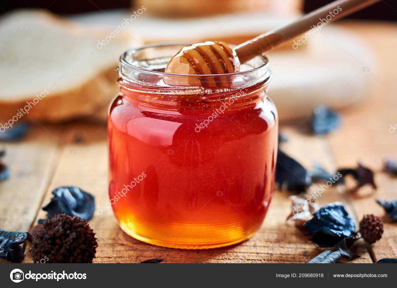 Чтобы понять, к чему снится мёд именно в вашем случае, постарайтесь вспомнить некоторые подробности своего сна.