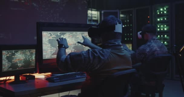 Soldiers using VR headset