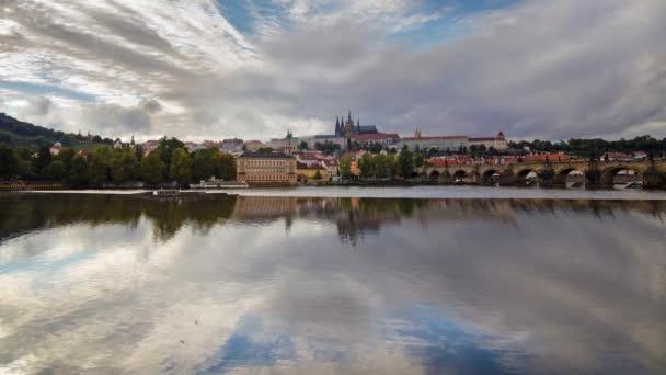Pohled na pražské Staré město a chrám sv. Víta