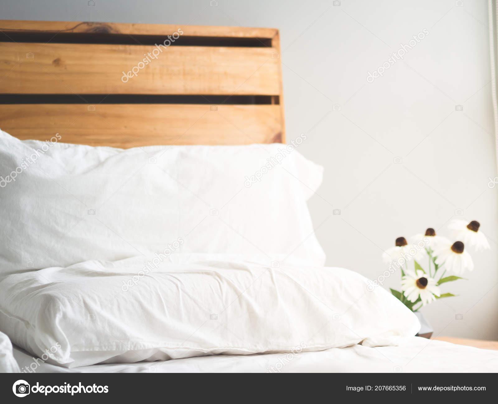 Testata Letto In Legno : Gallery of letto matrimoniale testata in legno testata letto in