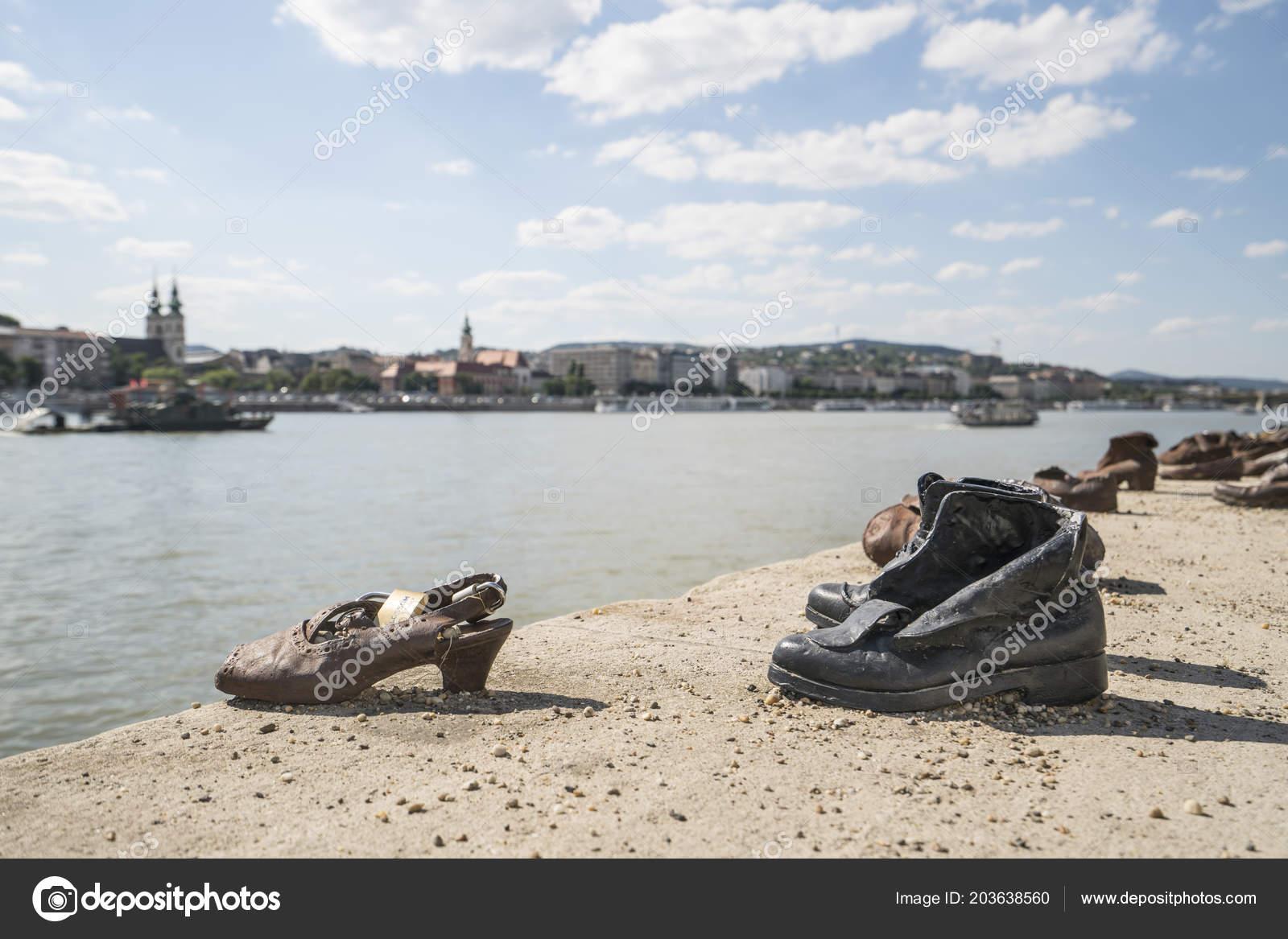 Hongrie Danube Sur Budapest Juillet Mémorial 2018 Chaussures wXTOPkuiZl