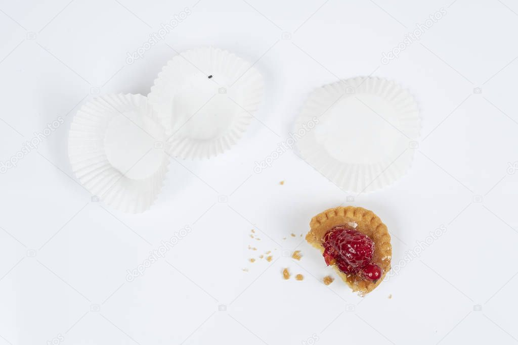 round pastry with white top - 1024×683