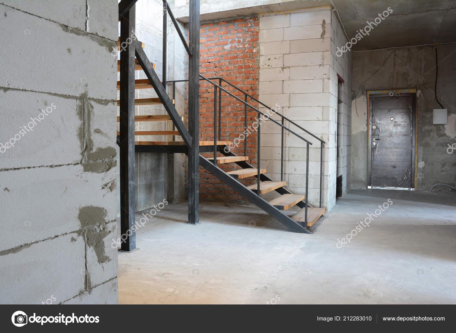 Schritte Der Hausinstallation Neue Bauanleitungen Haus Haus Treppe