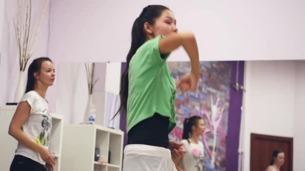 Szeptember 11-én, 2017. Novoszibirszk. Dance próba a stúdió