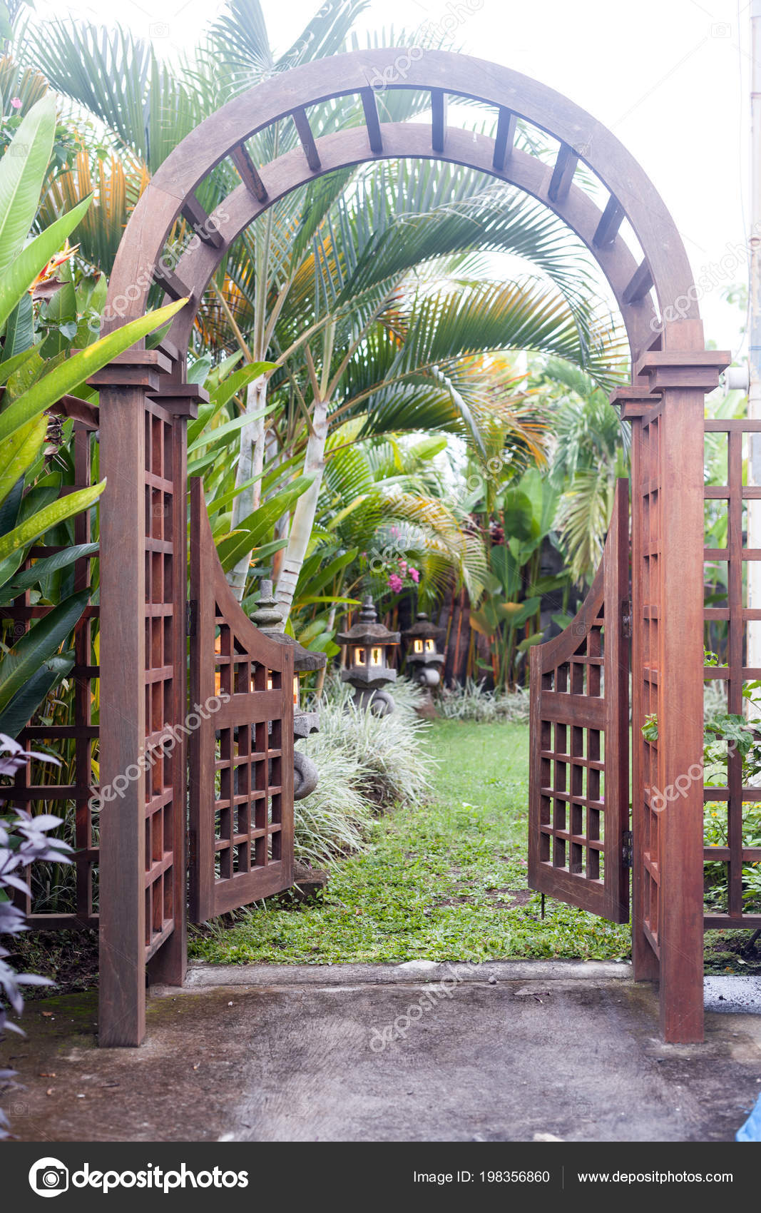 Wooden Arbor Gate Garden Wooden Arched Entrance Backyard Stock
