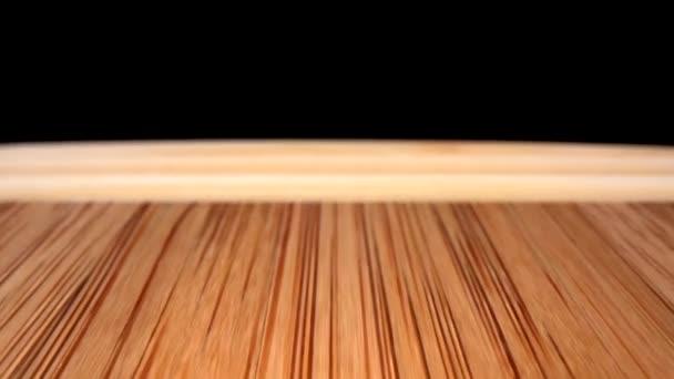 Bambus řezací desky extrémní closeup dolly zezadu dopředu ukazuje plná přední okraj