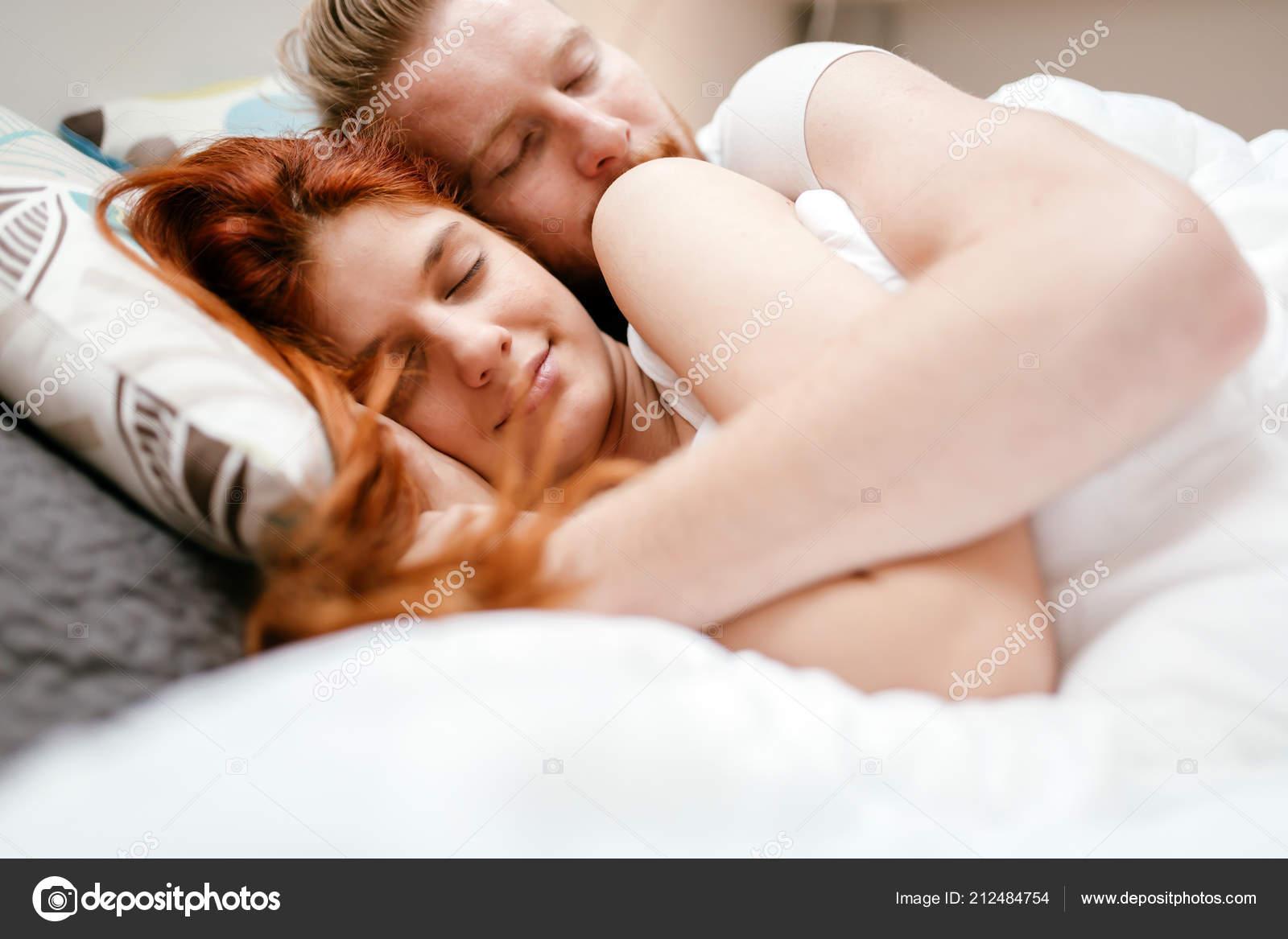 Картинки спящих влюбленных заработать онлайн нурлат