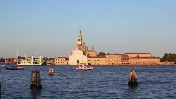Mostra a San Giorgio Maggiore Venezia, gondole Venezia, Italia