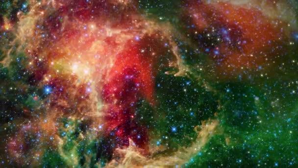 Galaktický vesmírný průzkum. Mlhovina Soul neboli mlhovina Embryo otevírá shluk hvězd obklopený oblakem prachu a plynu v souhvězdí Cassiopeia, poblíž mlhoviny Heart. zahrnout obrázek NASA.
