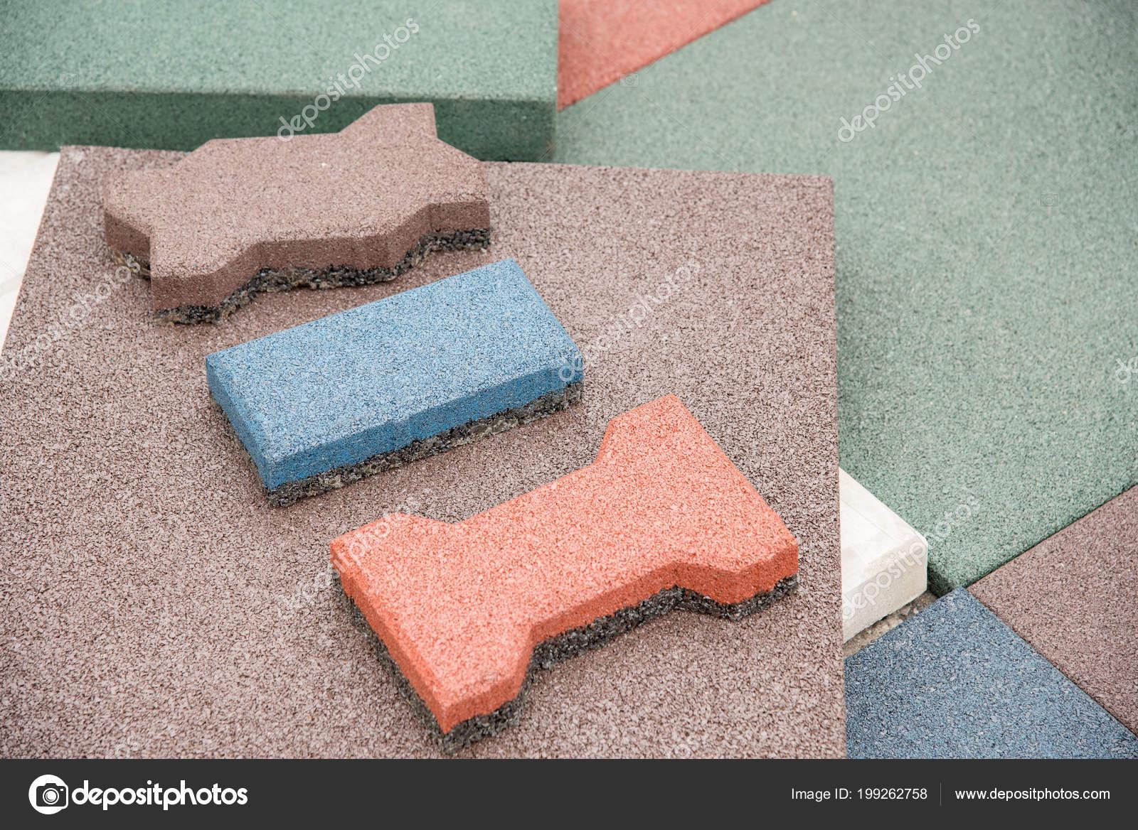 Gewaltig Moderne Bodenbeläge Referenz Von Bodenbeläge Form Von Gummifliesen Und Details Von