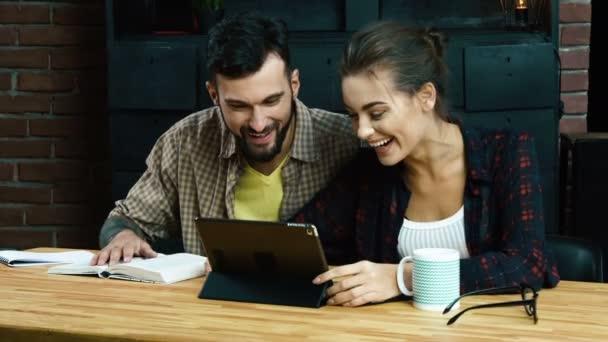 Teamarbeit-Konzept im Büro