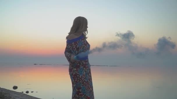 Видео прогулки голых девушек — img 10