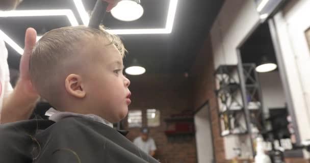 hair cut at the hairdresser