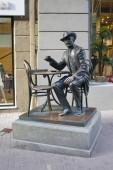 Kyjev, Ukrajina - 11 června 2018: Památník Vladislav Goroděckého v pasáži v Kyjev, Ukrajina