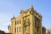 Kyjev, Ukrajina - 1 srpna 2018: Dům s chimérami je nejoriginálnější výtvor architekt Vladislav Goroděckého v Kyjevě