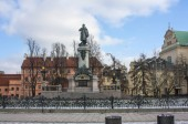 Fotografia Varsavia, Polonia - 24 febbraio 2018: Monumento al poeta Adam Mickiewicz a Varsavia