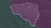 Přiblížit Plzeňský (oblast České republiky) vytlačen. Úhlová perspektiva. Barevná a hrbolatá mapa administrativní divize s povrchovými vodami. 3D vykreslování