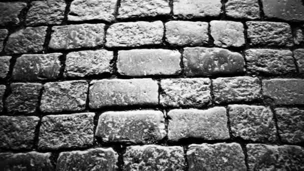 dláždění chodníku na starém městě