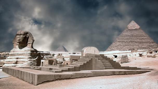 Starověká sfinga a pyramidy, symbol Egypta