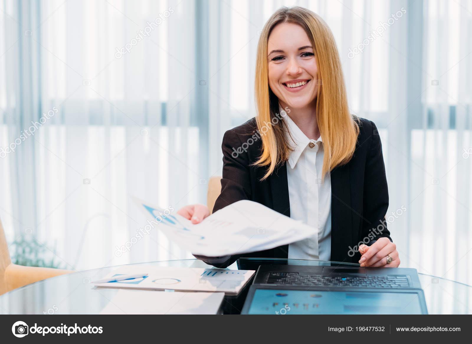 negocio de entrevista de trabajo reanudar la oficina del reclutador ...