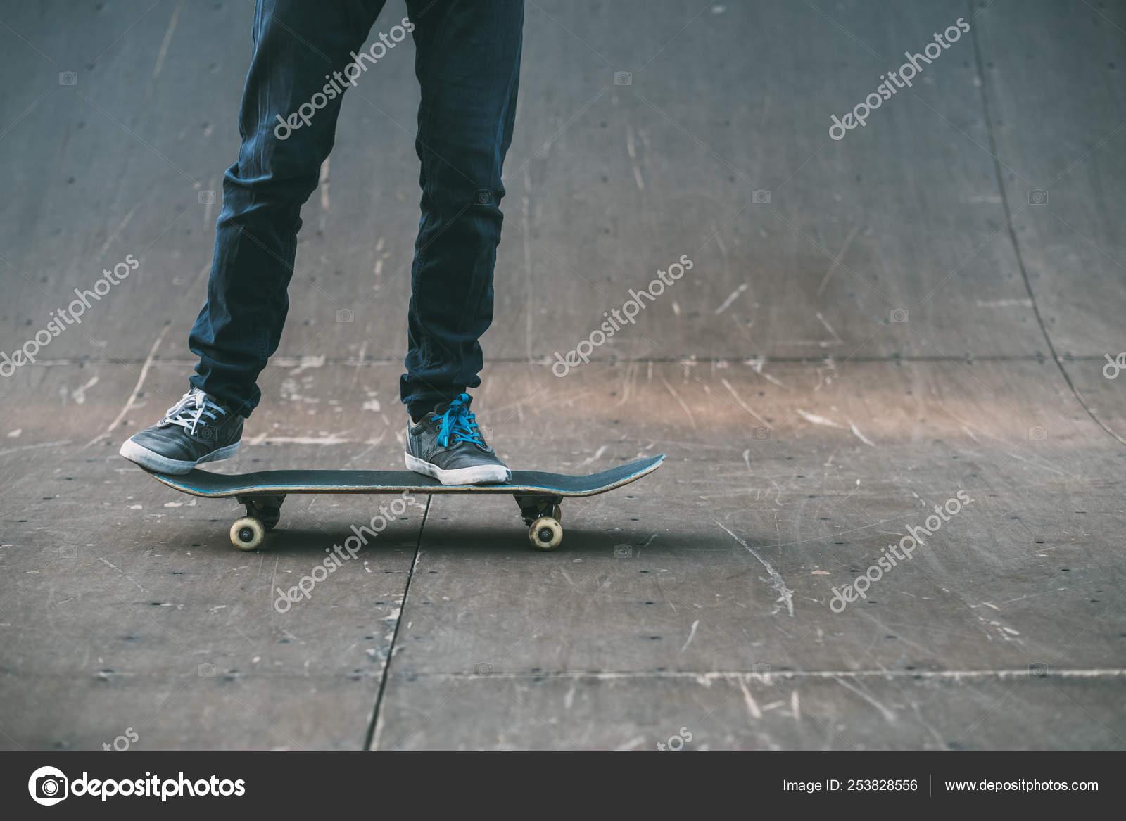 9da22558 urban skater sport hobby lifestyle man ramp — Stock Photo © golubovy ...