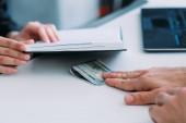úplatkářství korupce kancelář nelegální obchodní nabídka