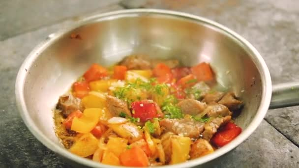 dušené přípravky potraviny vaření míchačka maso zelenina