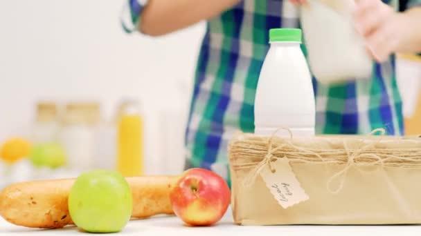 místní nákup organický produkt zemědělec trh mléčné ovoce
