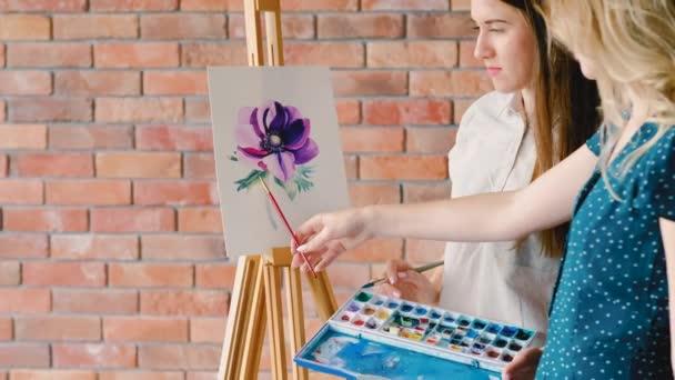 Fine Arts oktatás magyarázza színek árnyékoló virág