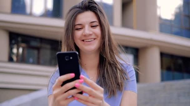 online video chat fun joy entertainment woman