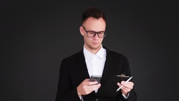 business man životní styl firemní chat aplikace