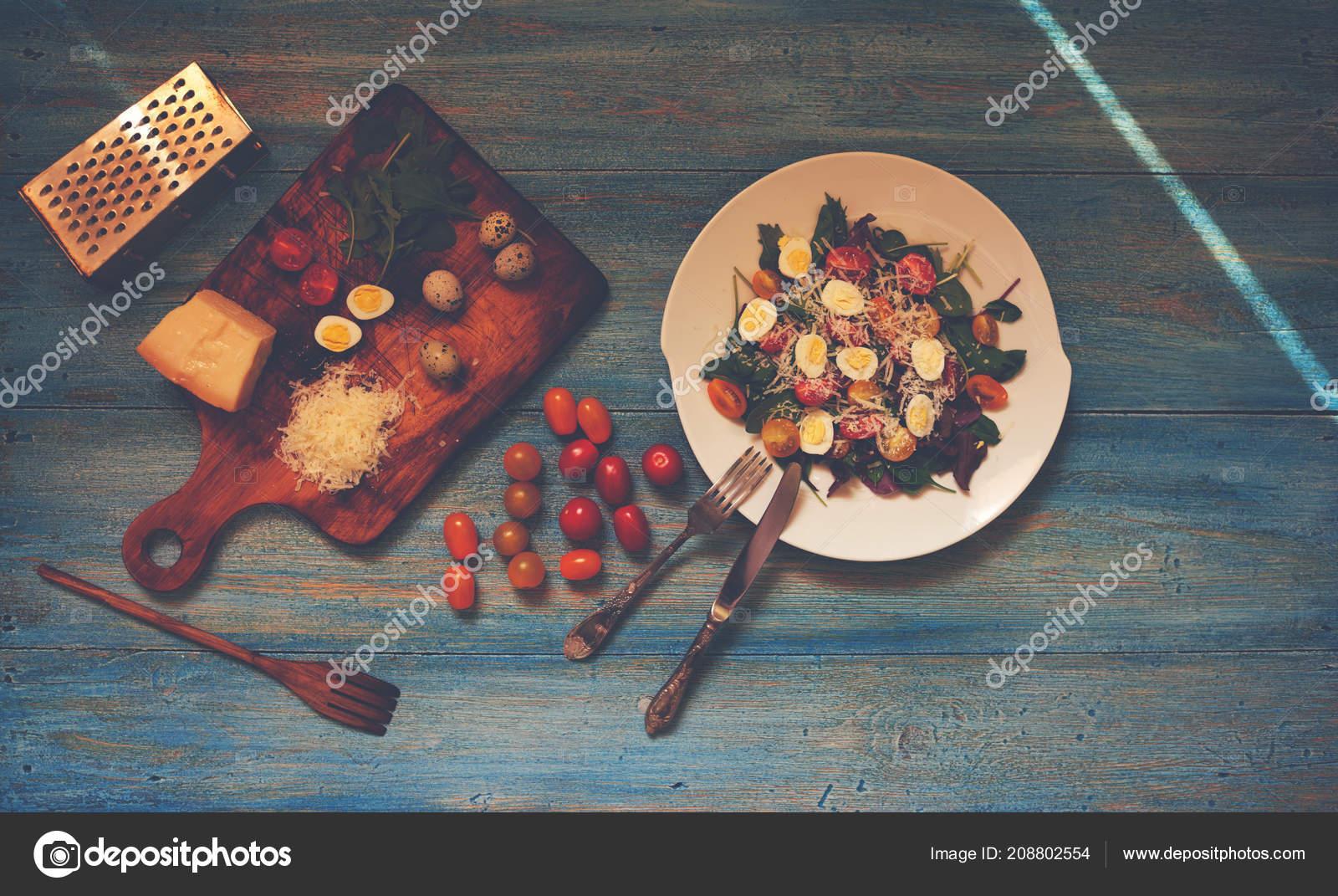Prosty Przepis Salatka Swieze Warzywa Jaja Przepiorcze Pomidorkami