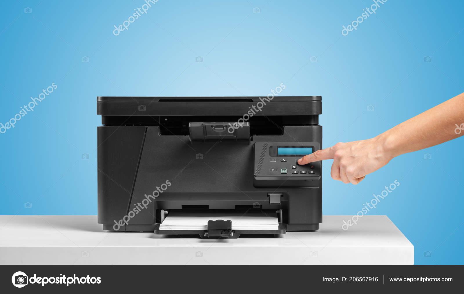 Tafel Voor Printer : Printer werkplek tafel u stockfoto fotofabrika