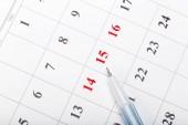 Prohlédněte si data v obchodní koncept kalendáře