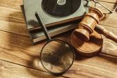 Právo a spravedlnost téma