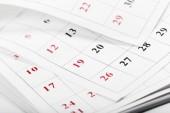 Stránky kalendáře zblízka obchodní koncept času