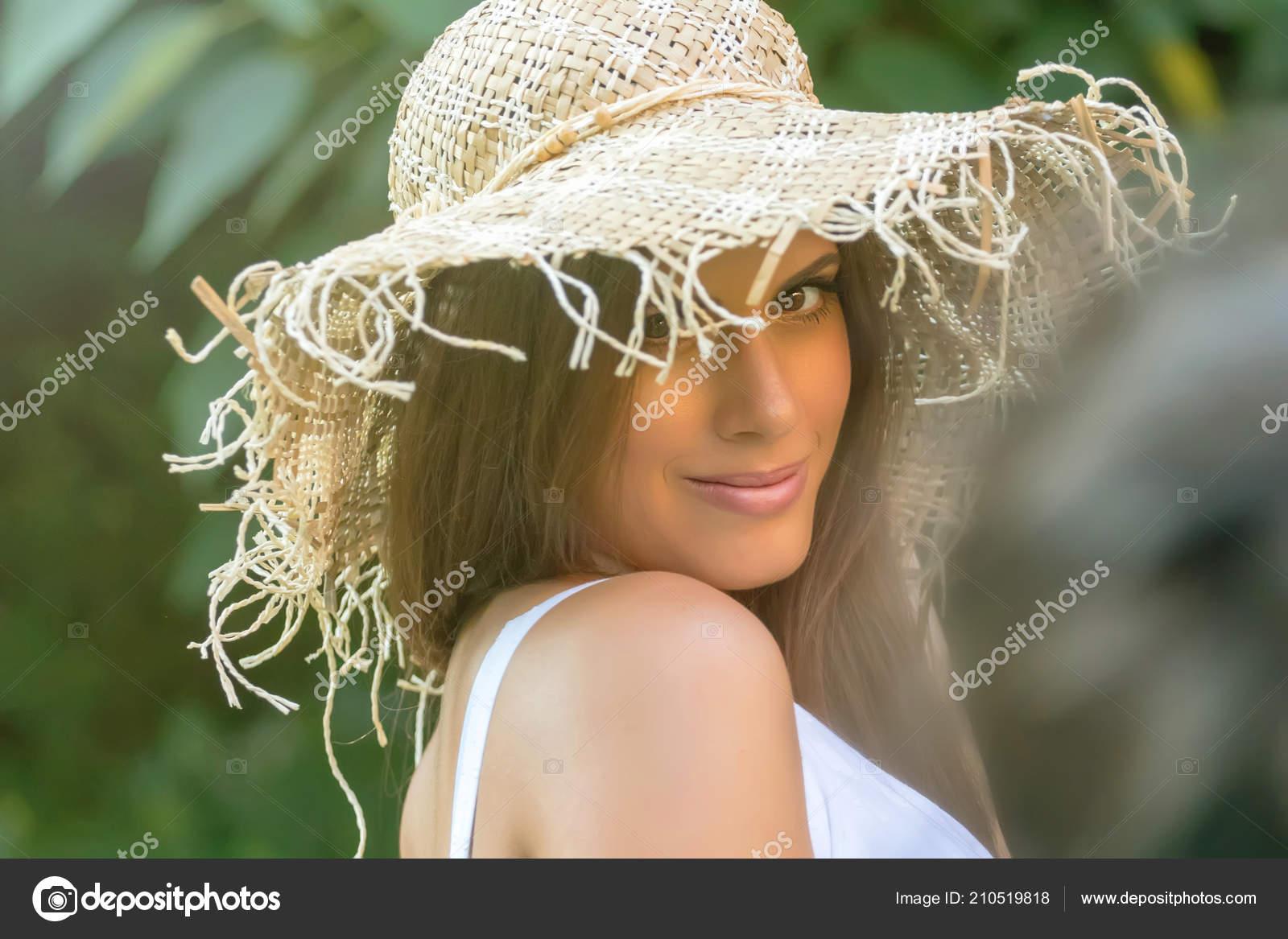 Beautiful Woman Hat Summer Day Outdoors Fashion Lifestyle