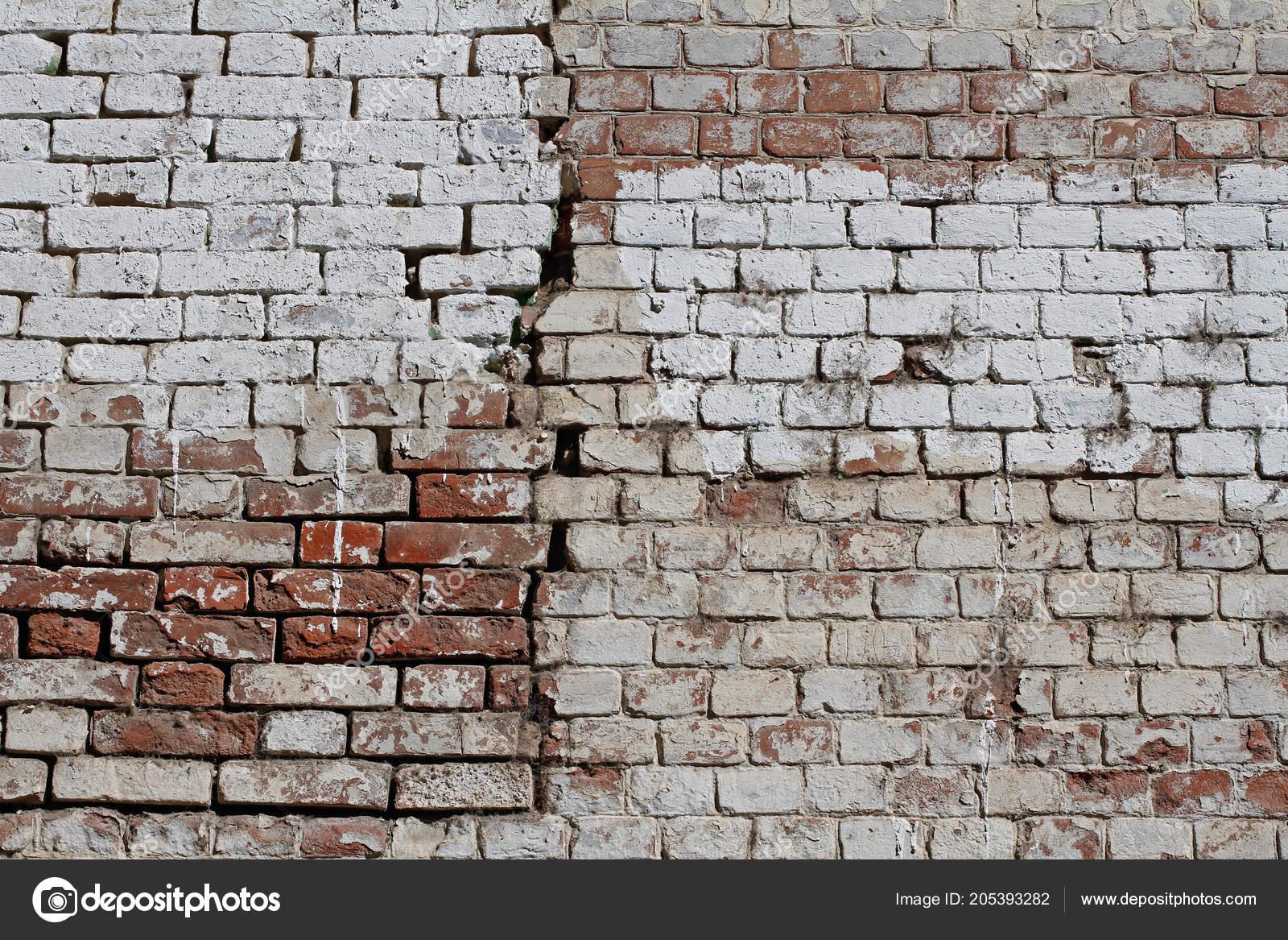 Mur En Brique Rouge vieux mur fissuré brique rouge blanc comme toile fond