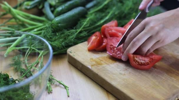 Preparation of vegetable salad