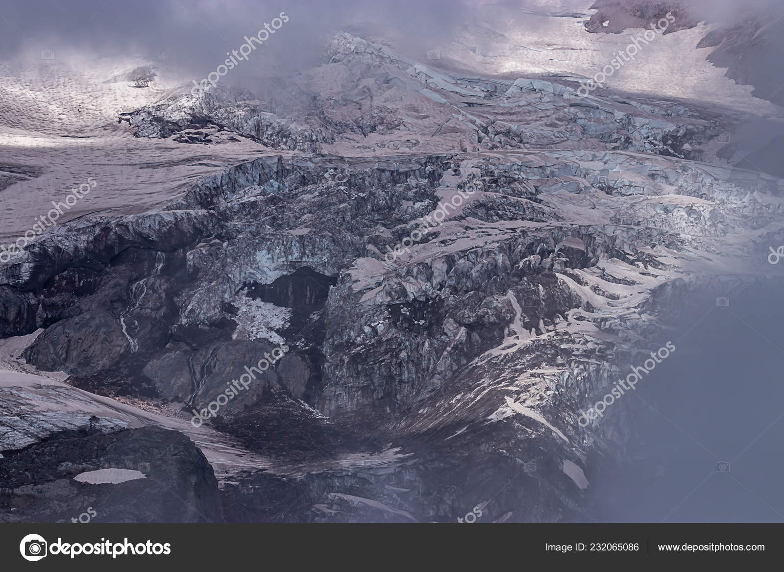 937d6c1b9 view of textured snow glaciers and mountain side — Stock Photo ...