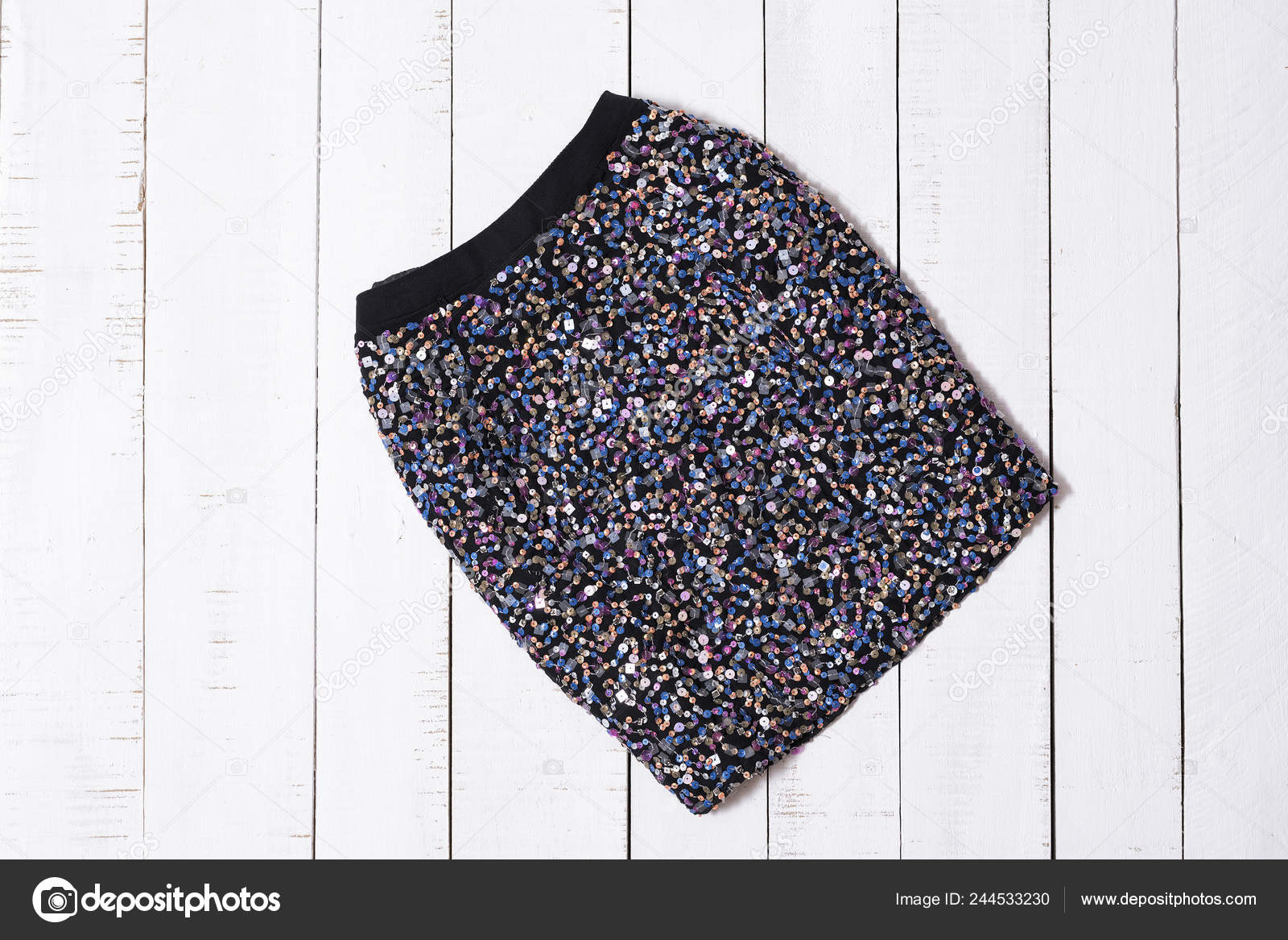Ropa Moda Mini Faldas Brillo Negro Tablones Piso Madera Blanca Foto De Stock Somemeans 244533230