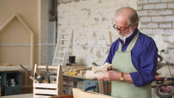 Technologie výroby dřevěných hraček.