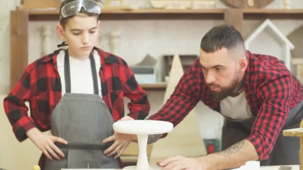 In carpentry studio children and youngsters can learn a useful profession together with Dad.