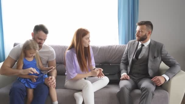 Professional psychologist support young married family with daughter.