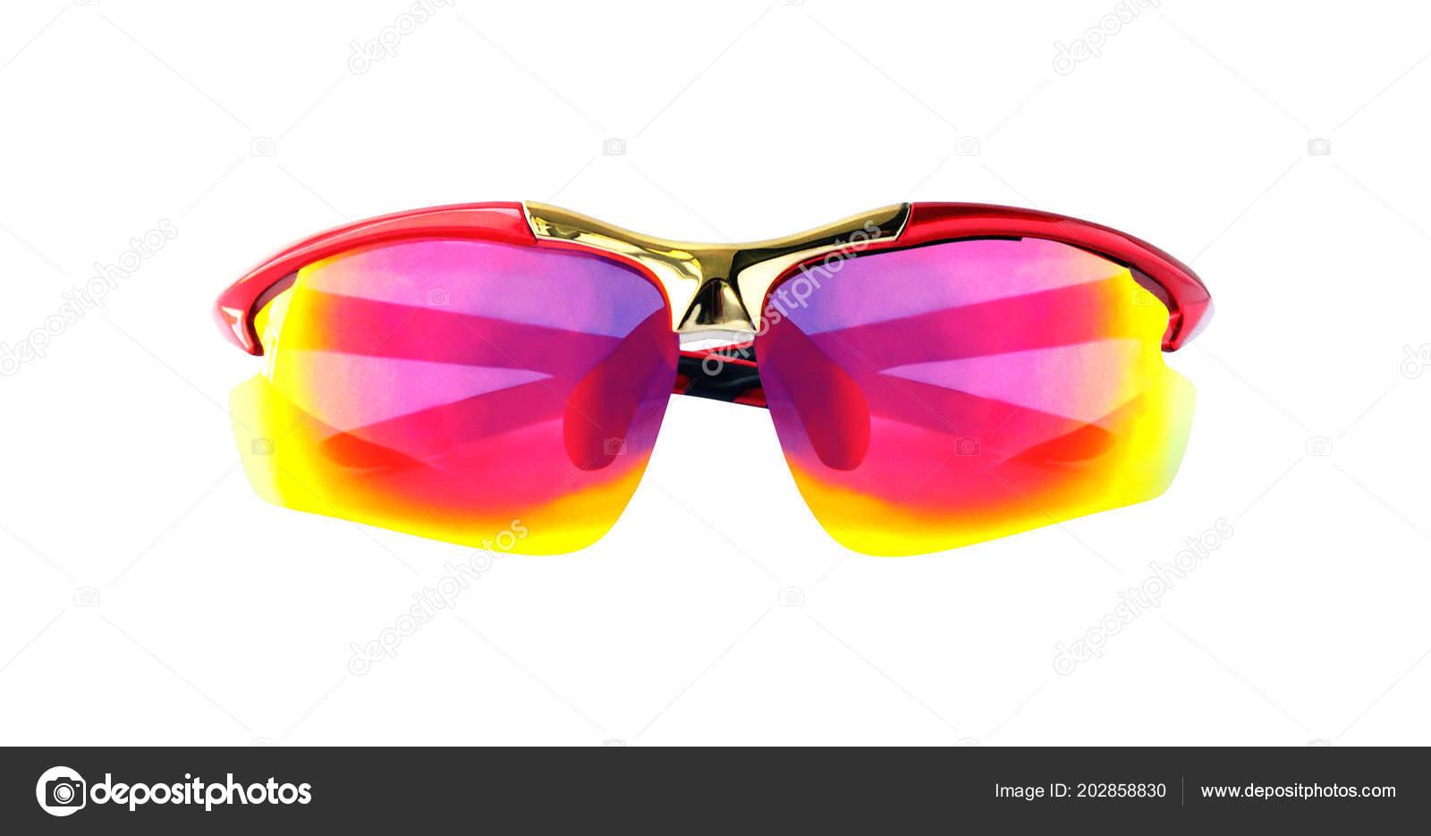 8f5c742858d Occhiali da sole sportivi polarizzati isolati su priorità bassa bianca. Vista  frontale di occhiali protettivi– immagine stock