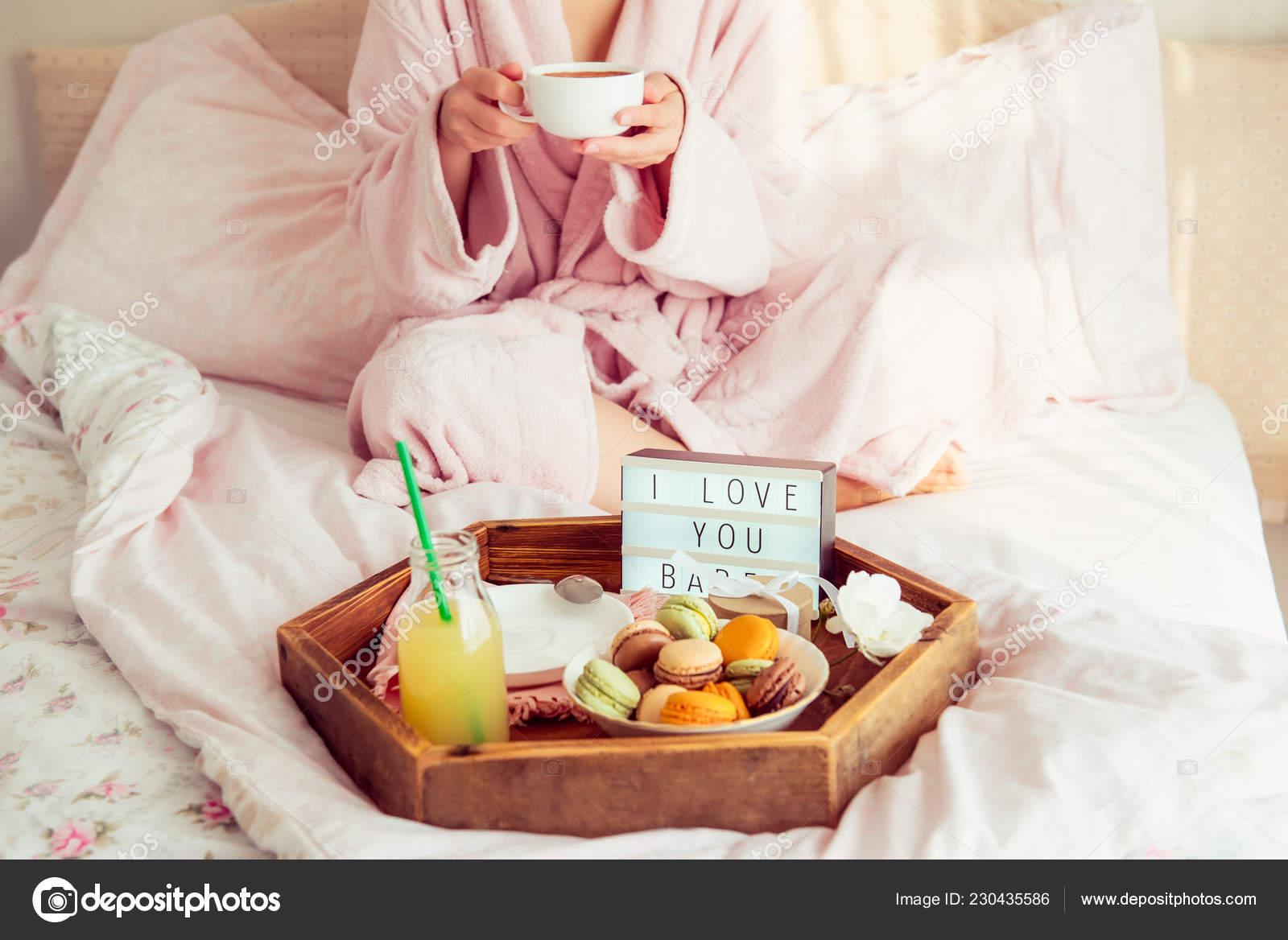 Petit Déjeuner Romantique Lit Avec Aime Texte Sur Zone