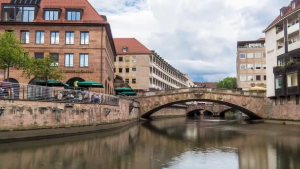 Zeitraffer an der Pegnitz in Nürnberg