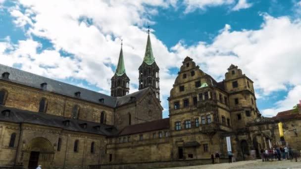 Zeitraffer der Türme der Bamberger Kuppel in Bamberg