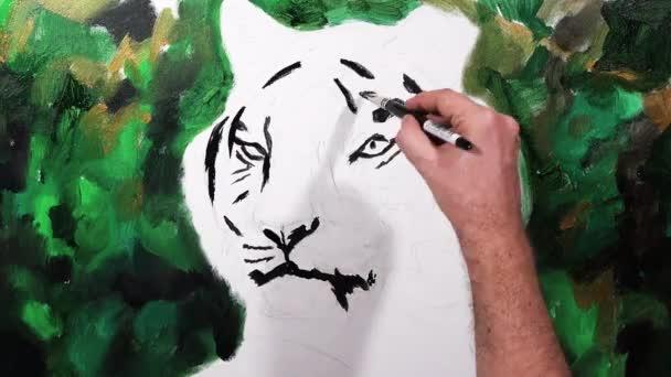 Művészi kézi-festéssel feje a tigris, videó munkamenetet, idő telik el, animáció